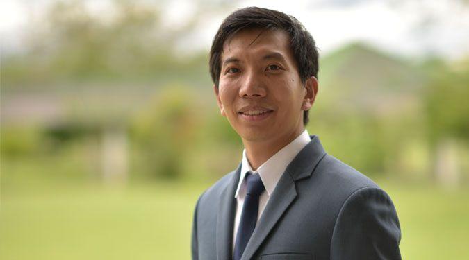 อาจารย์ นพ.อภิชัย วรรธนะพิศิษฐ์ สำนักวิชาแพทยศาสตร์ ได้รับพระราชทานทุนส่งเสริมบัณฑิต ประจำปี 2560 มูลนิธิอานันทมหิดล