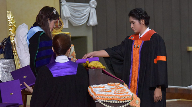 สมเด็จพระเจ้าลูกเธอ เจ้าฟ้าจุฬาภรณวลัยลักษณ์ อัครราชกุมารี พระราชทานปริญญาบัตรแก่ผู้สำเร็จการศึกษาจากมหาวิทยาลัยวลัยลักษณ์ ประจำปีการศึกษา 2559