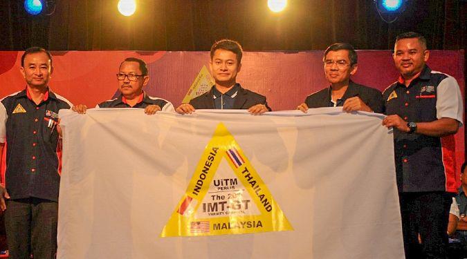 ม.วลัยลักษณ์ รับธงเป็นเจ้าภาพจัดงาน IMT-GT Varsity Carnival ครั้งที่21