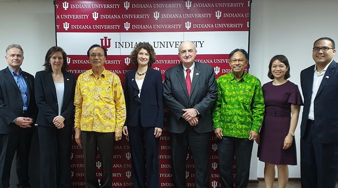 President of Walailak University is invited to visit new office of Indiana University ASEAN Gateway in Bangkok