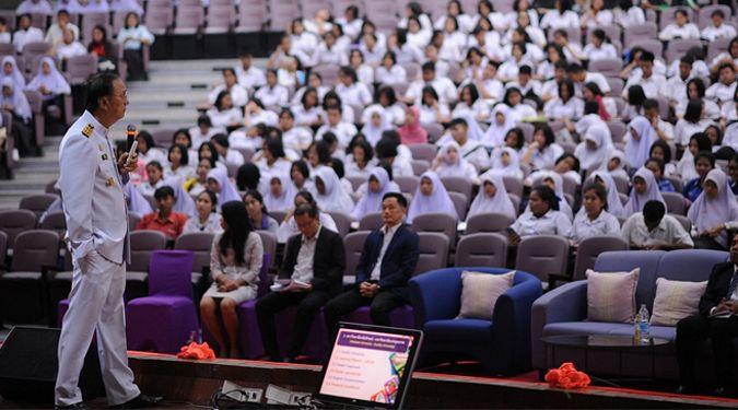 นักเรียน ม.ปลายประทับใจกิจกรรมเตรียมความพร้อมสู่มหาวิทยาลัย : Walailak on Stage พร้อมนำทริคความรู้ GAT PAT การทำ Port ไปใช้สมัครเรียนต่อ