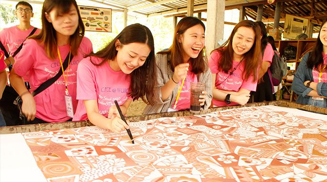 Students from Hong Kong Polytechnic jointly exchanged Thai culture at Walailak University