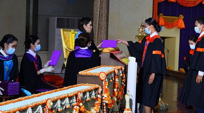 สมเด็จพระเจ้าน้องนางเธอ เจ้าฟ้าจุฬาภรณวลัยลักษณ์ อัครราชกุมารี กรมพระศรีสวางควัฒน วรขัตติยราชนารี เสด็จแทนพระองค์ไปในการพระราชทานปริญญาบัตรแก่ผู้สำเร็จการศึกษาจากมหาวิทยาลัยวลัยลักษณ์ ประจำปีการศึกษา 2562